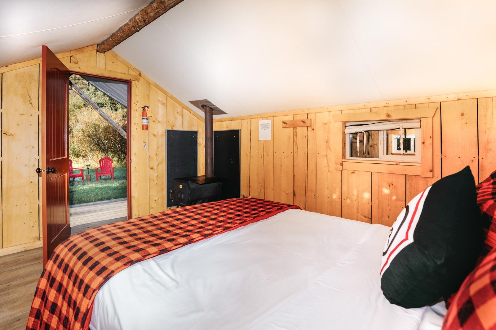 jackson-hole-lodging-deals-idaho-glamping-cabins